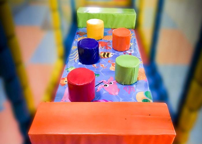 آکواریوم سنگ چین | پرش از موانع | افزایش مهارت های حرکتی و تعادلی کودک | سافت پلی | پلی گراند